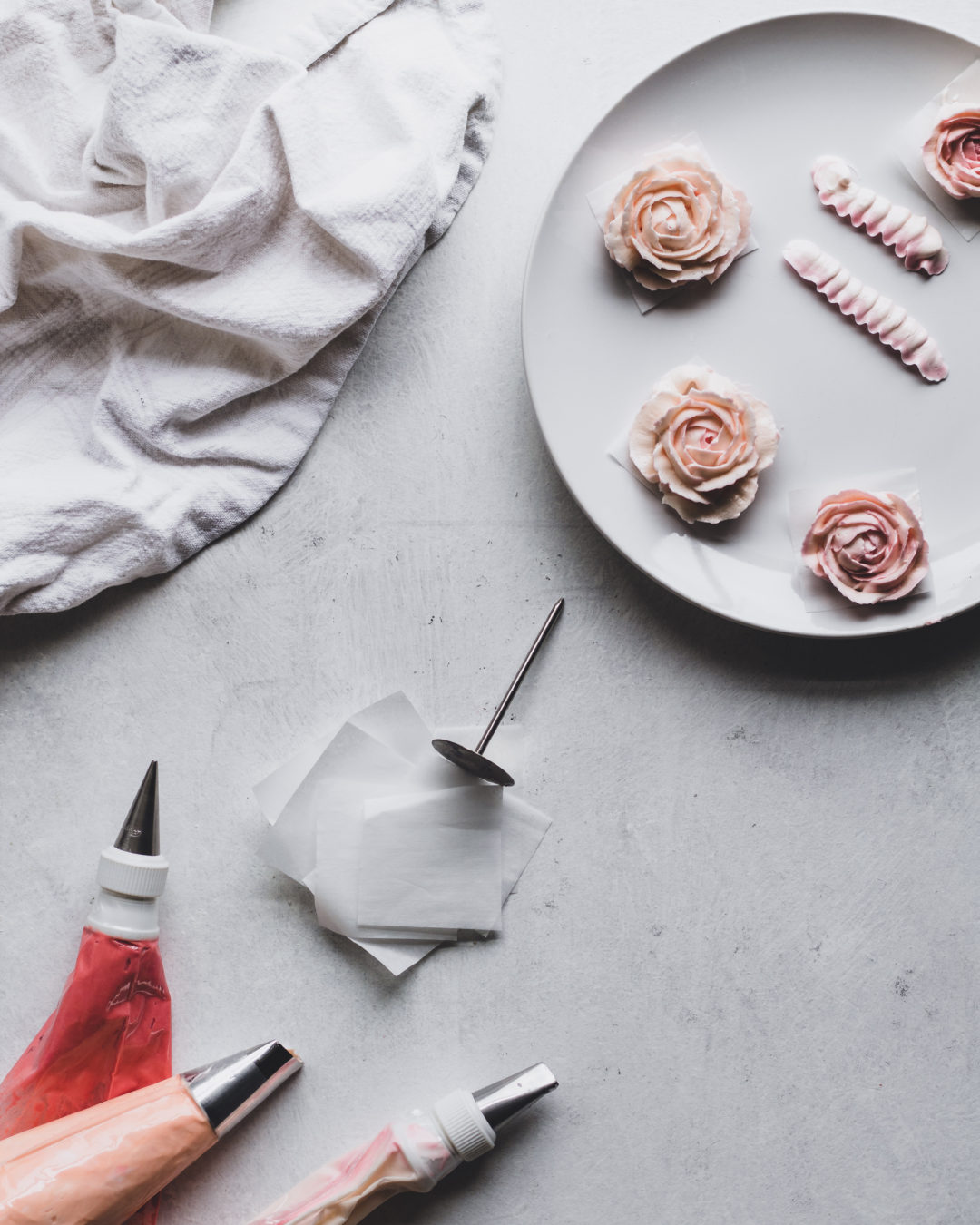 How to Make Realistic Buttercream Flowers | Baking ...